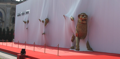I leoni di Venezia seguono il famoso tappetto rosso della Mostra del Cinema di Venezia