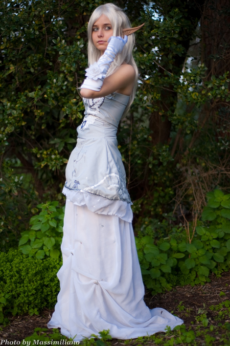 Elena Anna Servidio cosplay Lineage II