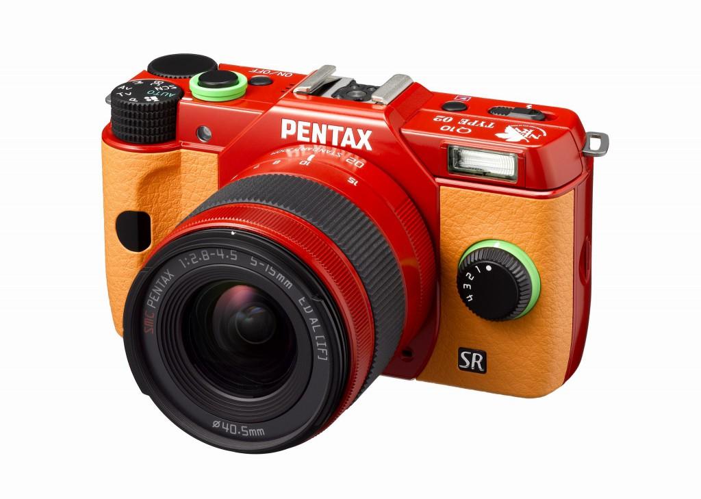 Pentax Q10 modello Asuka