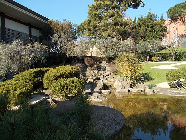 Un giro per il giardino giapponese all istituto di cultura for Architetto giapponese
